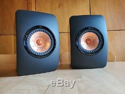 KEF LS50 Bookshelf speakers (High Gloss Piano Black)