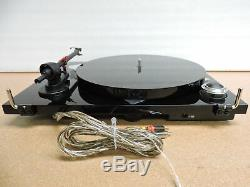Pro-Ject Essential III Turntable with OM 10 Cartridge (High Gloss Black)